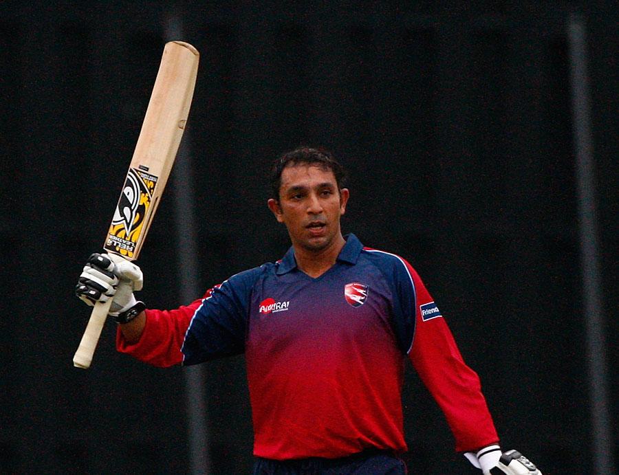 134056 - Azhar Mahmood gets Indian visa