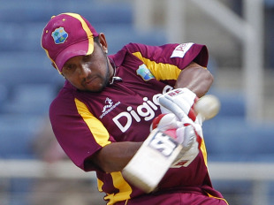 Ramnaresh Sarwan kept the West Indies' chase afloat, West Indies v India, 5th ODI, Kingston, Jamaica, June 16, 2011