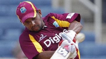 Ramnaresh Sarwan kept the West Indies' chase afloat