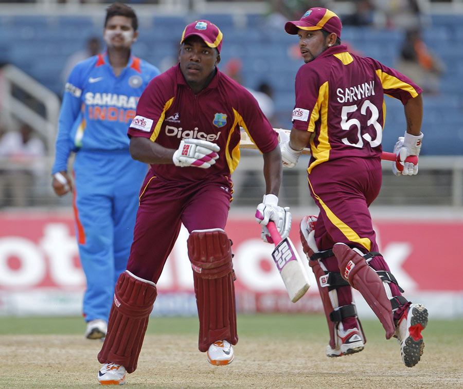 134100 - Bravo, Sarwan set up West Indies' win