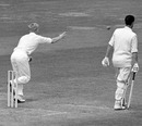 Geoff Griffin resorts to underarm bowling after being no-balled, England v South Africa, 2nd Test,  June 25, 1960