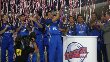Adam Hollioake lifts the inaugural Twenty20 Cup