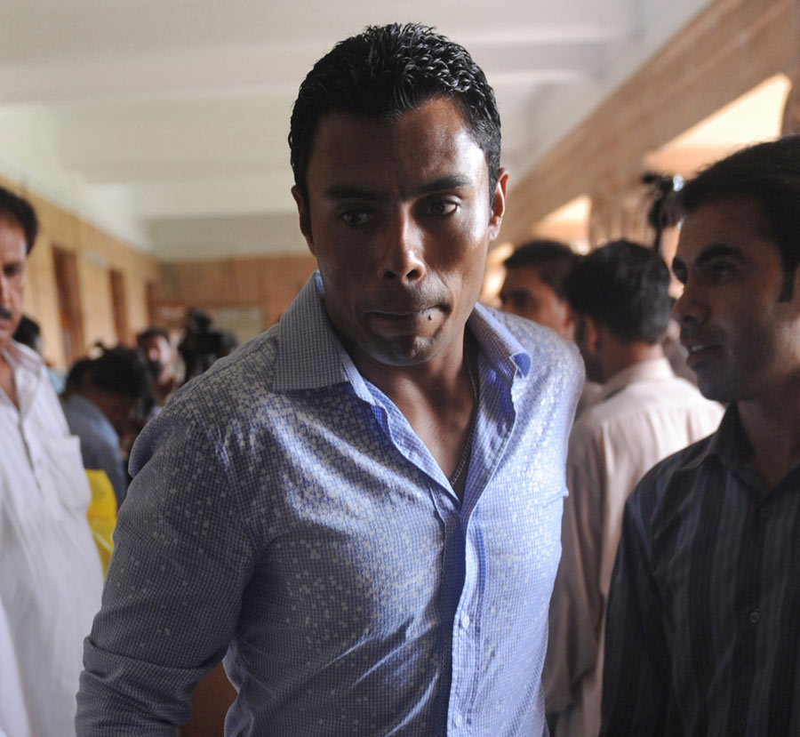 "134770 - Danish Kaneria to contest ""unfair"" ban"