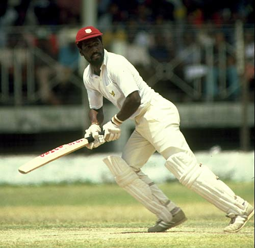"Viv Richards <a href=""http://www.espncricinfo.com/ci/engine/current/match/65097.html"" target=""_blank""><u style=""color:red"">181</u></a> in 1987: He walked out to face the hat-trick ball, and gave himself time to settle down, his first 50 runs coming in 62 balls. He then opened out and there was no stopping him. He finished with 181 off 125 as Sri Lanka wilted and were left facing a gargantuan target of 361"