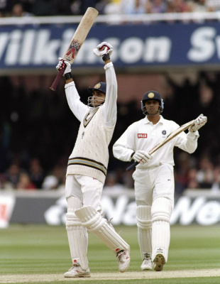 Sourav Ganguly celebrates a century on Test debut as Rahul Dravid applauds, England v India, 2nd Test, Lord's, 3rd day, June 22, 1996