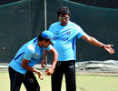 Sri Lanka's coach Rumesh Ratnayake advises Dinesh Chandimal, R Premadasa Stadium, Colombo, July 27, 2011