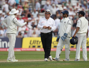 Was MS Dhoni not completely within his rights to appeal for Ian Bell's run-out?