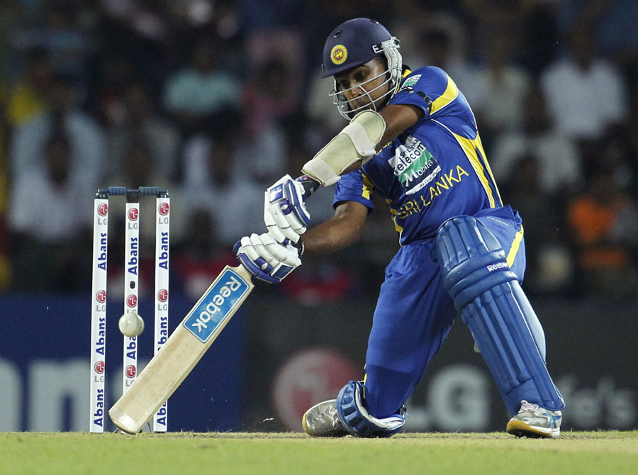 Mahela Jayawardene laces a boundary through the off side