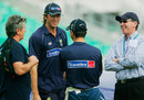 Glenn McGrath talks to Ricky Ponting. Also in picture: physio, Errol Alcott (left) and chairman of selectors Trevor Hohns (right), The Oval, September 7, 2005