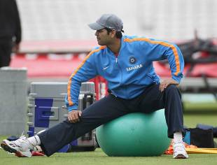 RP Singh has a stretch during a warm-up session, The Oval, August 16, 2011