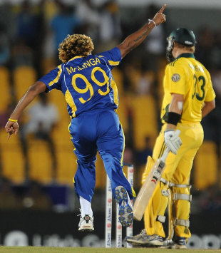 Lasith Malinga struck early to remove Shane Watson, Sri Lanka v Australia, 3rd ODI, Hambantota, August 16, 2011
