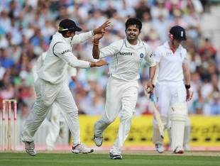 Sreesanth picked up a couple of early wickets on the third day, England v India, 4th Test, The Oval, 3rd day, August 20, 2011