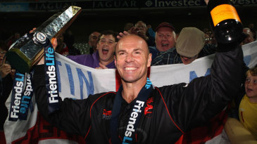 Paul Nixon celebrates a Leicestershire triumph with the fans