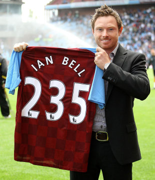 Ian Bell with a shirt of Aston Villa football club signifying his highest Test score, Birmingham, August 27, 2011