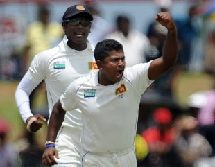 Rangana Herath made an instant impact, dismissing Shane Watson, Sri Lanka v Australia, 1st Test, Galle, 1st day, August 31, 2011