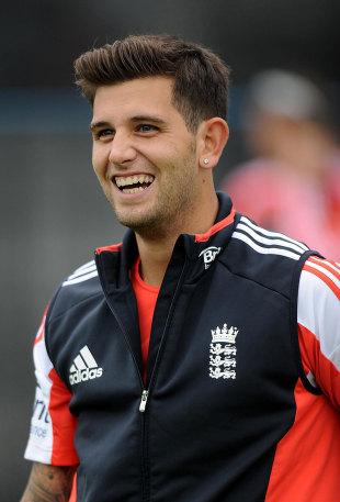 1366342 - No Tendulkar as England bowl in the first ODI