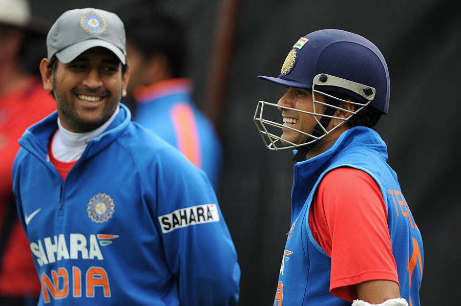136635 - India's casualty ward adds to Dhoni's woes
