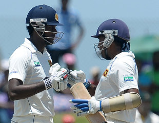 Mahela Jayawardene and Angelo Mathews defied the Australian bowlers , Sri Lanka v Australia, 1st Test, Galle, 4th day, September 3, 2011