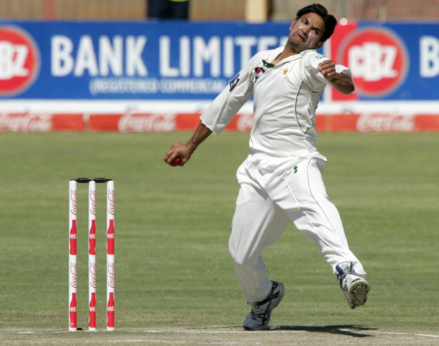 136743 - Umar Akmal dropped from Test squad for Sri Lanka