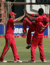 Zimbabwe celebrate Chris Mpofu's dismissal of Imran Farhat