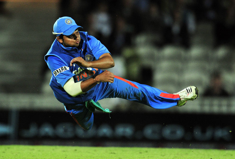 Suresh Raina shows his athleticism | Photo | England v India 2011 ...