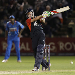 Jonny Bairstow smashes one to the leg side