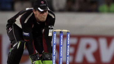 Steve Snell behind the stumps for Somerset