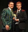 Dane Vilas receives the domestic newcomer of the year award from Graeme Smith, Johannesburg, June 30, 2009