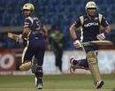 Jacques Kallis and Gautam Gambhir run during their partnership, Kolkata Knight Riders v Warriors, CLT20, Bangalore, October 1, 2011