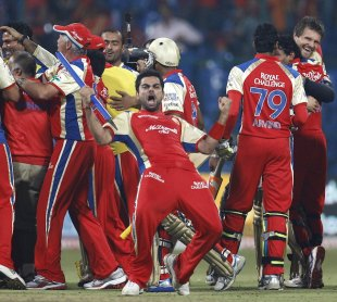 Virat Kohli is ecstatic after RCB's win, Royal Challengers Bangalore v South Australia, Champions League T20, October 5, 2011