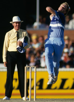 Graham Dilley in delivery stride against Australia, January 1, 1987