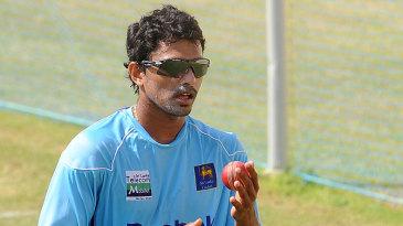 Suraj Randiv trains ahead of the third Test