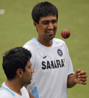 Rahul Sharma talks to R Ashwin in training, Delhi, November 4, 2011