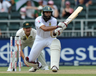 Hashim Amla prepares to reverse-sweep, South Africa v Australia, 2nd Test, Johannesburg, 3rd day, November 19, 2011