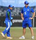 Mushfiqur Rahim and Stuart Law talk during training, Chittagong, December 5, 2011