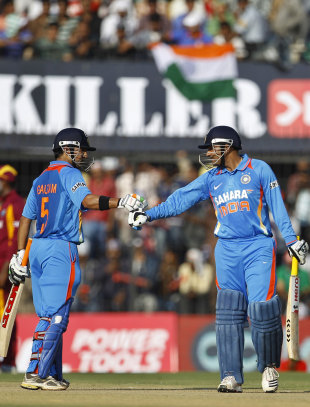 Gautam Gambhir and Virender Sehwag added 176 runs, India v West Indies, 4th ODI, Indore, December 8, 2011
