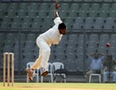 Balwinder Sandhu bowls on debut, Mumbai v Punjab, Ranji Trophy Elite, Mumbai, December 21, 2011