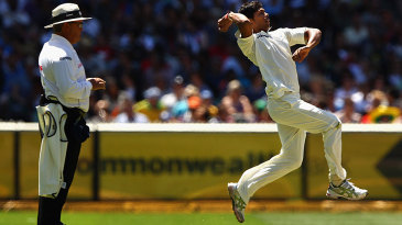 Umesh Yadav leaps before delivery
