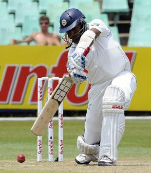 Thilan Samaraweera reached his century on the second day, South Africa v Sri Lanka, 2nd Test, Durban, 2nd day, December 27, 2011