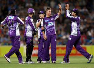 Xavier Doherty and his Hobart team-mates celebrate a wicket, Adelaide Strikers v Hobart Hurricanes,  BBL, Adelaide, December 28, 2011