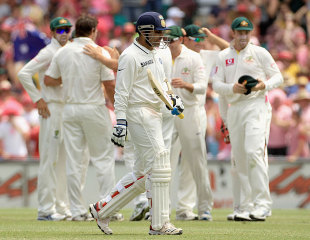 Virender Sehwag was out cheaply, Australia v India, 2nd Test, Sydney, 3rd day, January 5, 2012