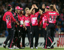 Nathan McCullum is congratulated on one of his two wickets, Adelaide Strikers v Sydney Sixers, BBL, Adelaide, January 10, 2012