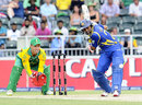 Tillakaratne Dilshan goes on the attack during his 41