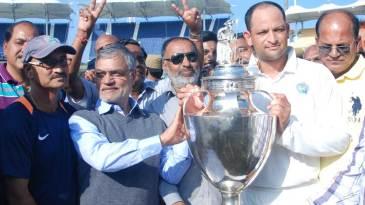 Rajasthan captain Hrishikesh Kanitkar with the Ranji Trophy