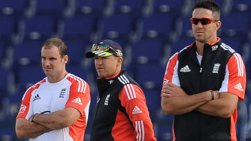 Andrew Strauss, Andy Flower and Kevin Pietersen observe England's net session