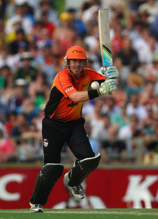 Marcus North steadied the Perth Scorchers, Perth Scorchers v Sydney Sixers, BBL 2011-12 final, Perth, January 28, 2012