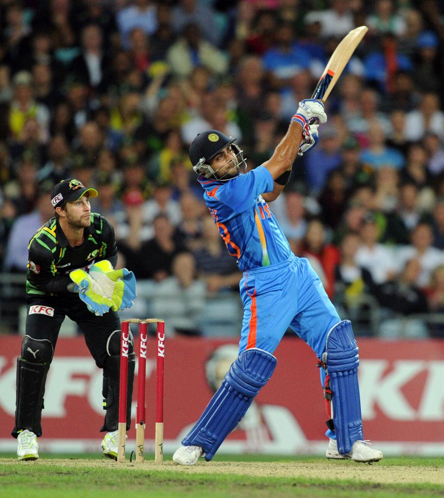 Virat Kohli lofts over long-on for six   Cricket Photo   ESPN Cricinfo