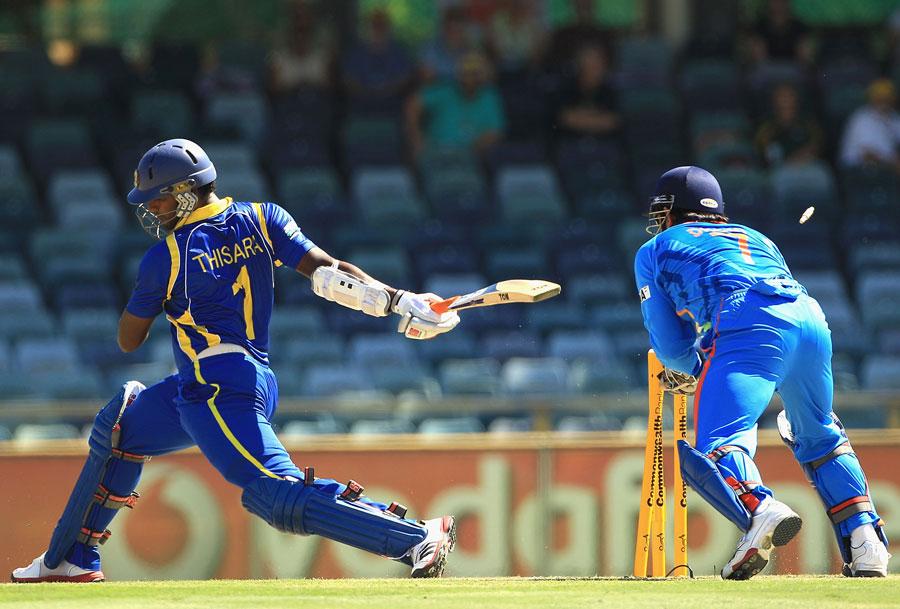 MS Dhoni stumps Thisara Perera off R Ashwin's bowling
