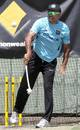 Marvan Atapattu uses the dog thrower at a training session, Perth, February 9, 2012
