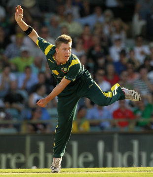 Xavier Doherty choked the runs, finishing with 10-0-24-2, Australia v Sri Lanka, Commonwealth Bank Series, Perth, February 10, 2012